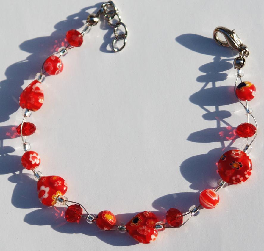 bracelet-with-hearts