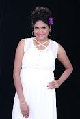 Actress Shaarika photo session gallery-thumbnail-16