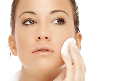 Clean your face of any previous makeup. Put makeup remover or water on a cotton ball. Dab or rub the cotton ball in small circles to remove old makeup.
