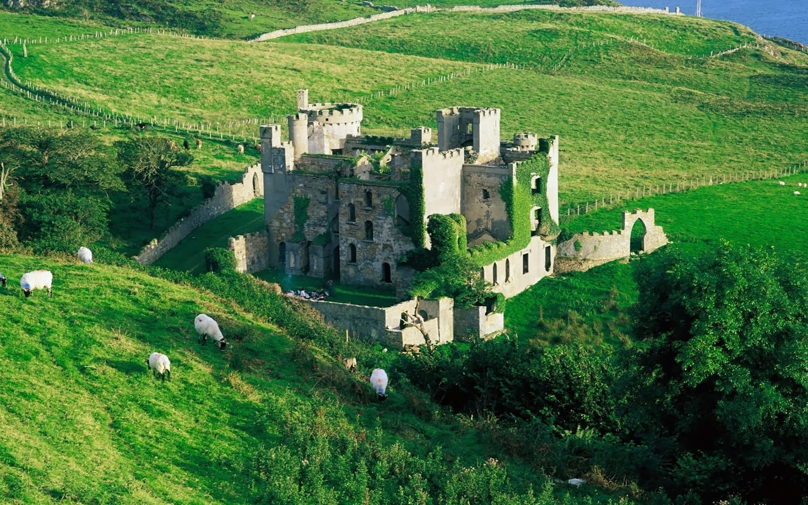 Clifden Castle Wallpapers - Amazing Picture Collection Ireland Castle Wallpaper