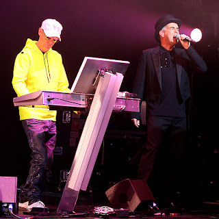 600px Pet shop boys boston concert