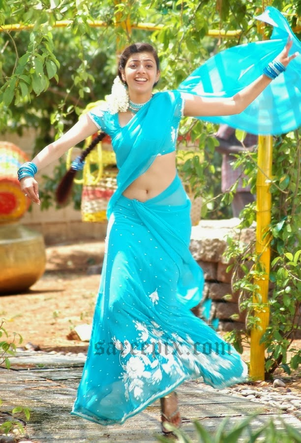 Kajal-agarwal-half-saree-dance-Chandamama-movie-