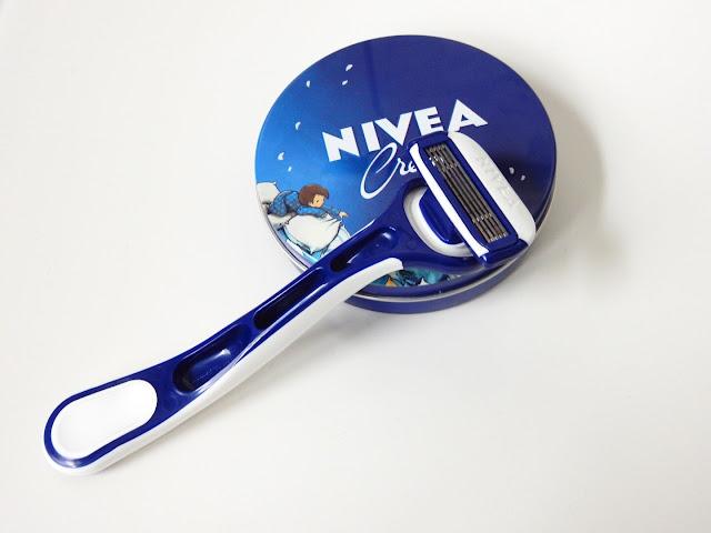 NIVEA Protect & Shave Schwinggelenk-Rasierer NIVEA Creme