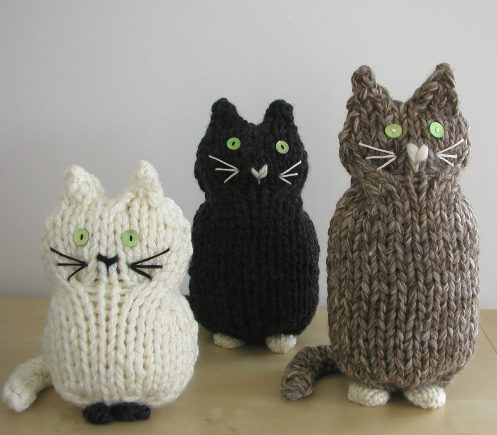 Purl Bee Knitting Patterns : Hand Knitted Things: Cats in Simply Knitting Magazine