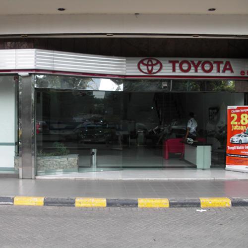 TOYOTA Auto2000 Ambassador,Kuningan, JAKARTA