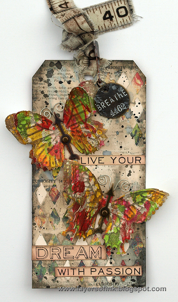 Layers of ink - Textured Butterflies Tag tutorial by Anna-Karin