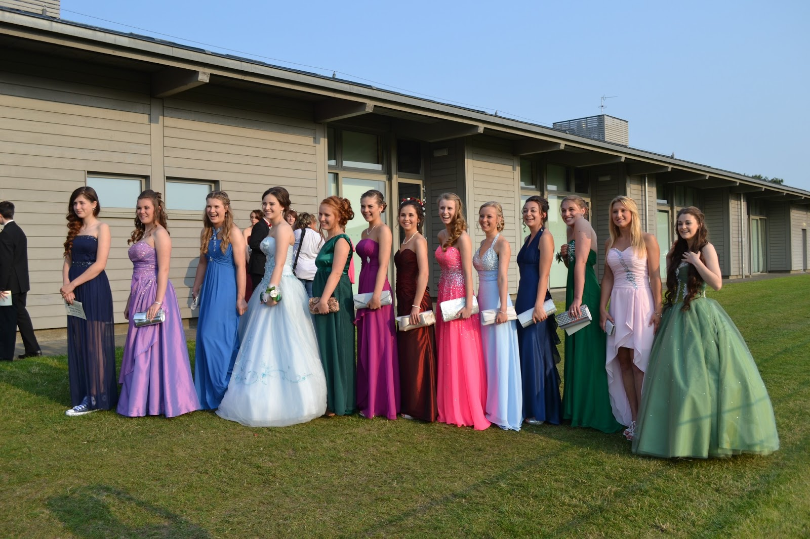 Erfreut Prom Kleider Tk Maxx Fotos - Hochzeit Kleid Stile Ideen ...