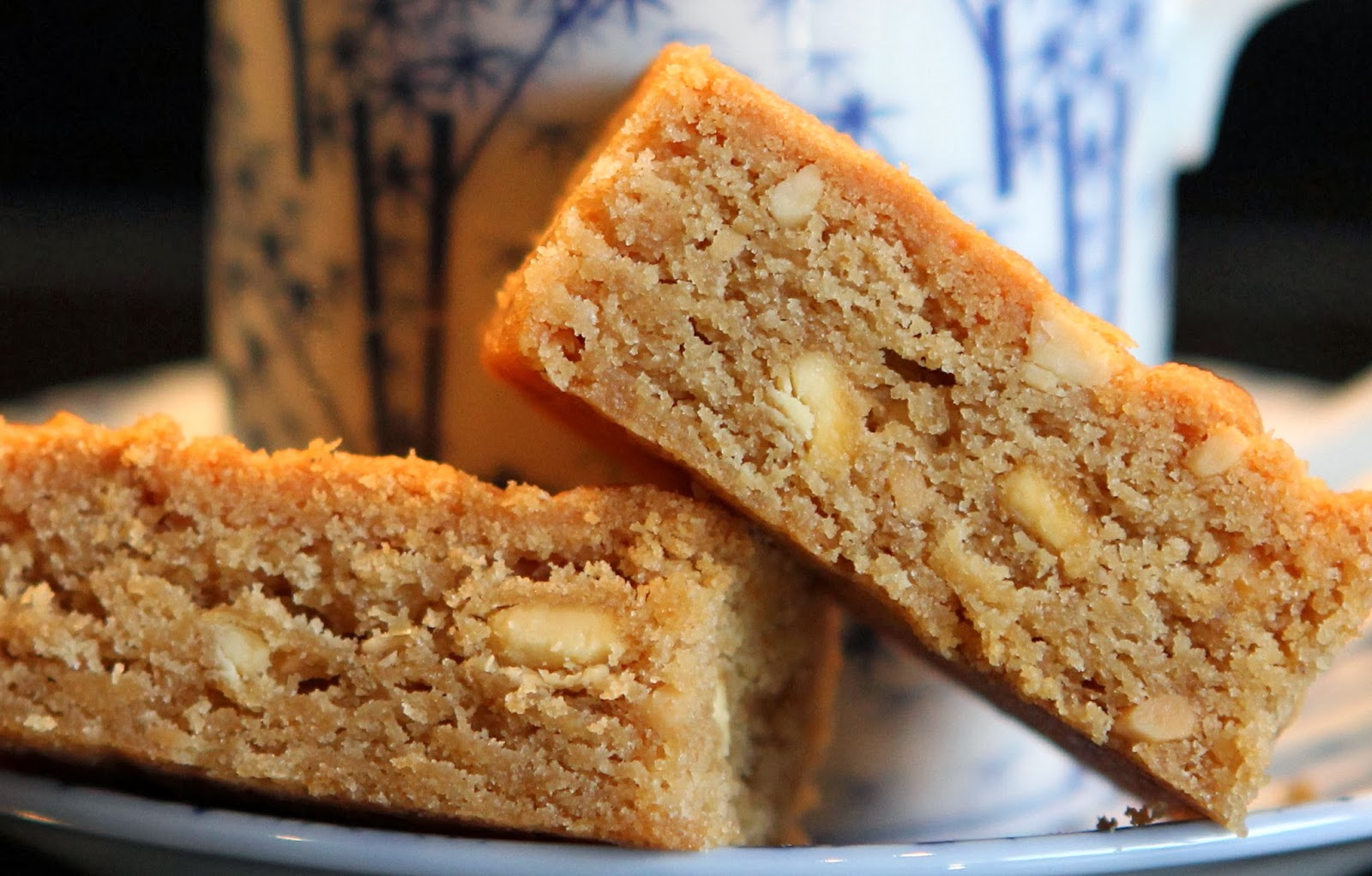 Peanut Butter & White Chocolate Gluten Free Blondies (from a recipe by ...