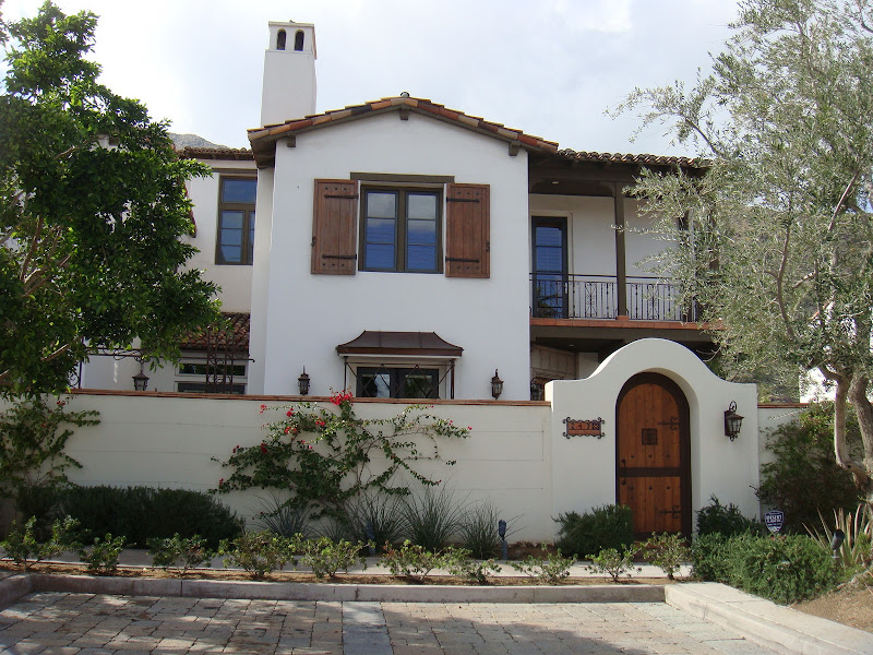 PS also has it's share of Spanish Style homes. I personally am torn  title=