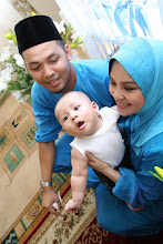 ..::Papa and Mummy with Aaron::..