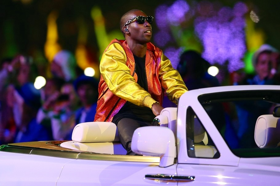 00O00 London Menswear Blog Celebrity Style Tinie Tempah London 2012 Olympics Closing Ceremony Burberry Prorsum SS2013 metallics leather jacket