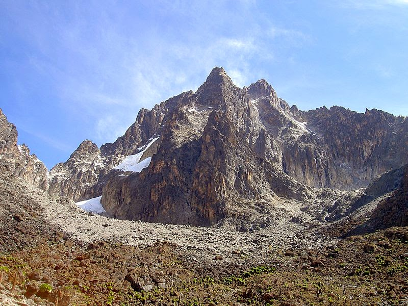 http://upload.wikimedia.org/wikipedia/commons/thumb/4/4d/Batian_Nelion_and_pt_Slade_in_the_foreground_Mt_Kenya.JPG/800px-Batian_Nelion_and_pt_Slade_in_the_foreground_Mt_Kenya.JPG