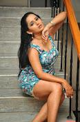 Ishika singh latest sizzling pics-thumbnail-18