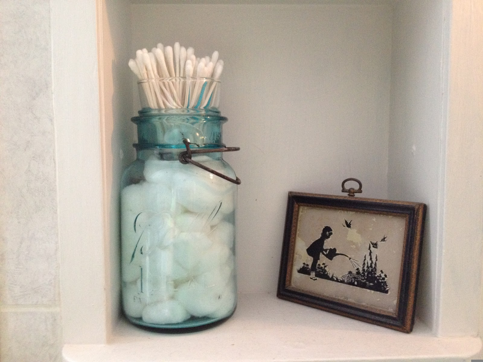 . The Farmer s Wife  IN  Canning Jar Cotton Ball and Q tip Holder