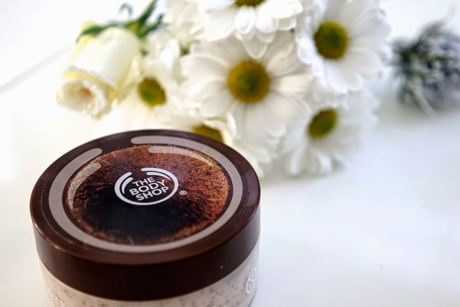 the body shop coconut exfoliator
