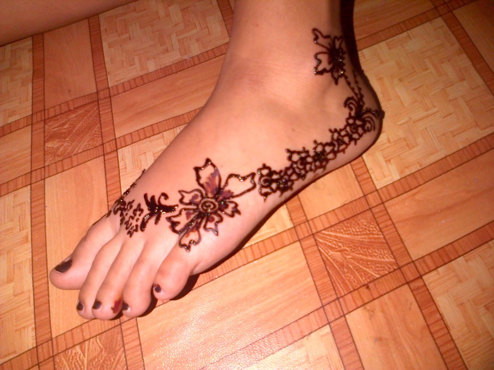 Simple henna animals