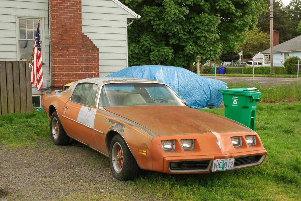 1979 Pontiac Firebird.