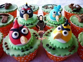 Cupcakes with Figurine