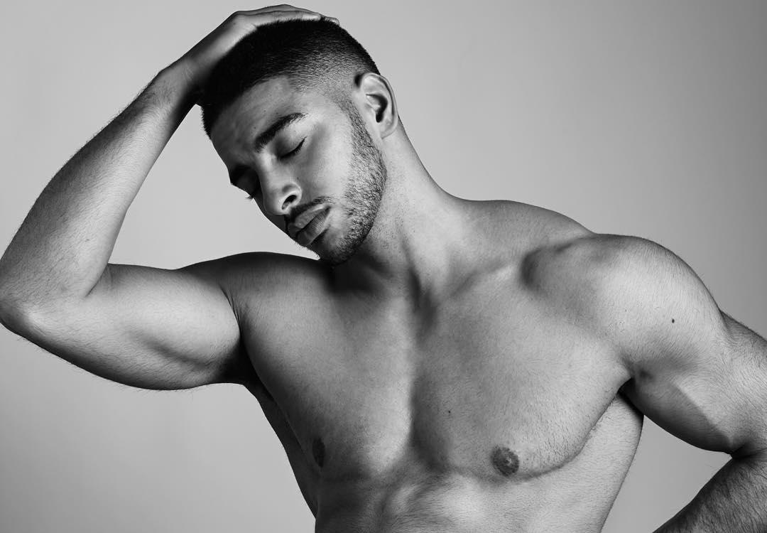 Fotos de modelo transexual masculino faz sucessos na web