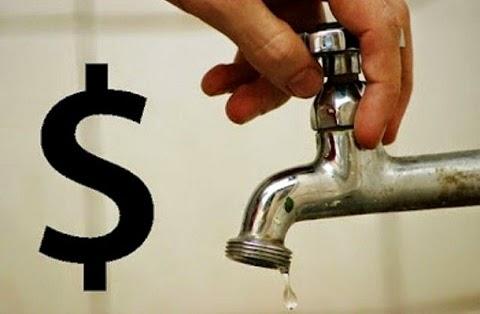 """O pesquisador Léo Heller, relator especial das Nações Unidas (ONU) sobre água e esgotamento sanitário, é a favor do subsídio cruzado na cobrança da tarifa de água. """"Que os mais ricos paguem mais e os mais pobres paguem menos, uma transferência interna no sistema de cobrança"""", declarou à Agência Brasil."""""""