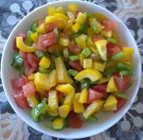 Салат из разноцветного болгарского перца