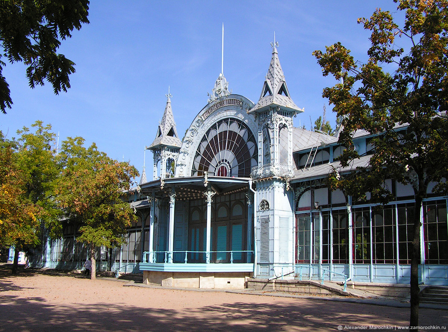 Здание Лермонтовской галереи в Пятигорске