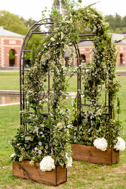 Wedding Arch - Hall of Springs Wedding - Upsate NY - Saratoga - Splendid Stems