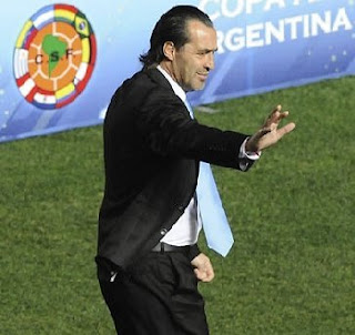 Batista ya no va más como técnico de Argentina