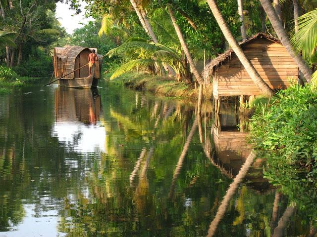 Kerala_Backwater_Image