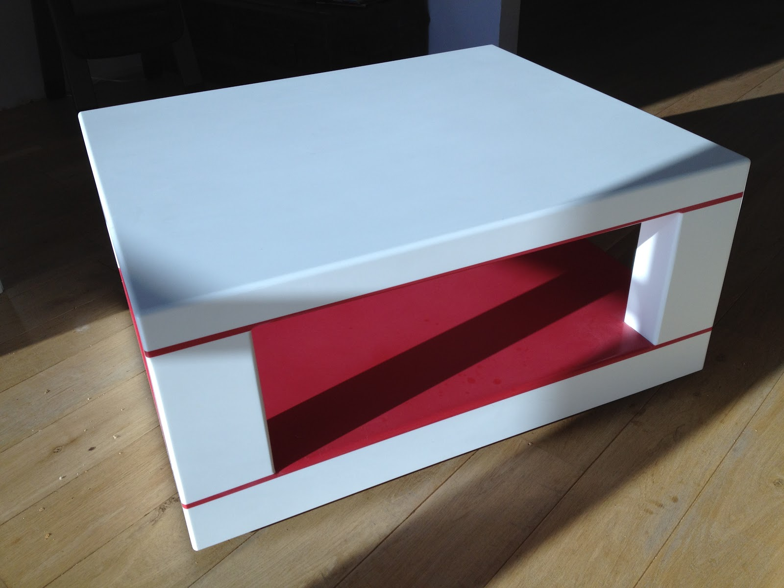 Table de salon rouge: table de salon en corian. table basse achat ...