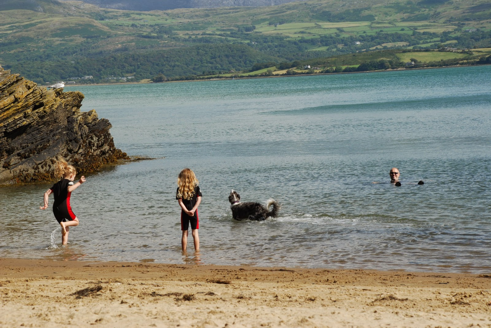 image of Borth-Y-Gest beach
