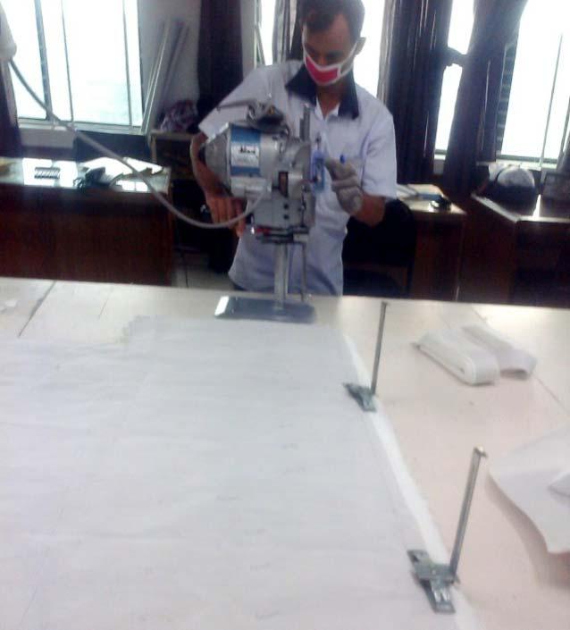 What's are The Fabric Cutter Jobs Description? - Garments Pedia