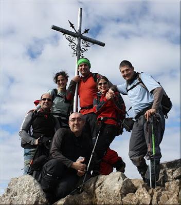 Aizkorri mendiaren gailurra 1.528 m. - 2011ko otsailaren 20an