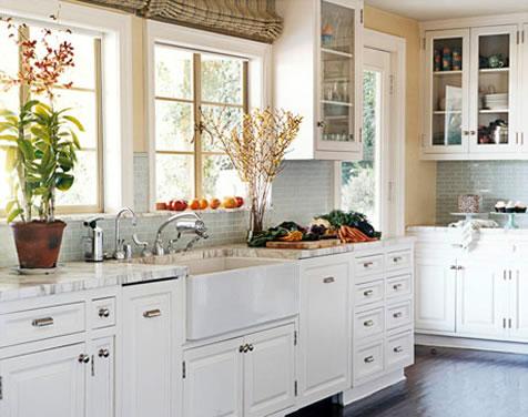 Kitchen decor kitchen with white appliances for Kitchen outlays