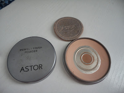 basico-astor-perfect-finish-powder