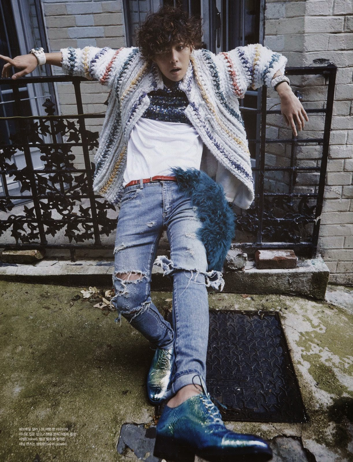 Scans: G-Dragon for Vogue Korea (January 2015) [PHOTOS]  Scans: G-Dragon for Vogue Korea (January 2015) [PHOTOS]  Scans: G-Dragon for Vogue Korea (January 2015) [PHOTOS]  Scans: G-Dragon for Vogue Korea (January 2015) [PHOTOS]
