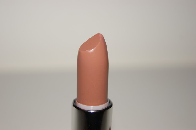 Maybelline Extreme Moisture Lipstick in Pinky Beige