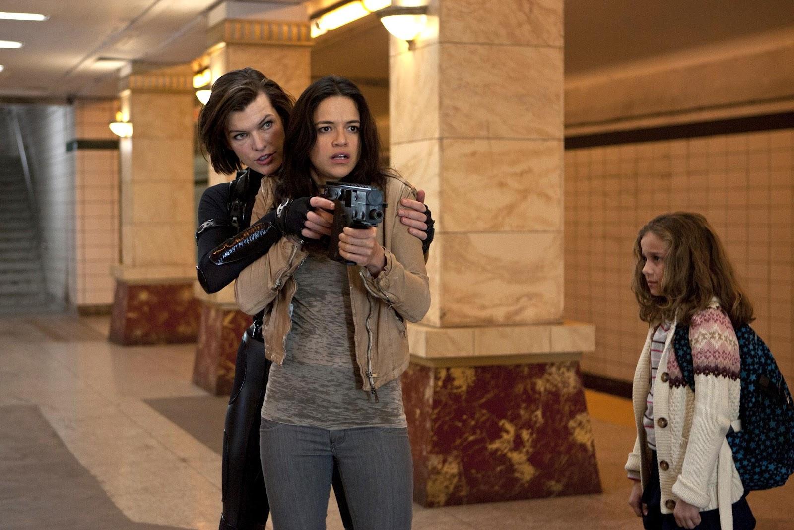 http://4.bp.blogspot.com/-F5b2AbDFT84/UDk3FpyNBiI/AAAAAAAALUc/sugkFanA7Jw/s1600/resident-evil-la-venganza-foto-16.jpg