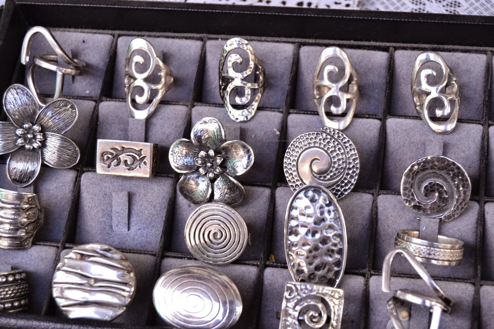 Серебряное украшения на кипре фото