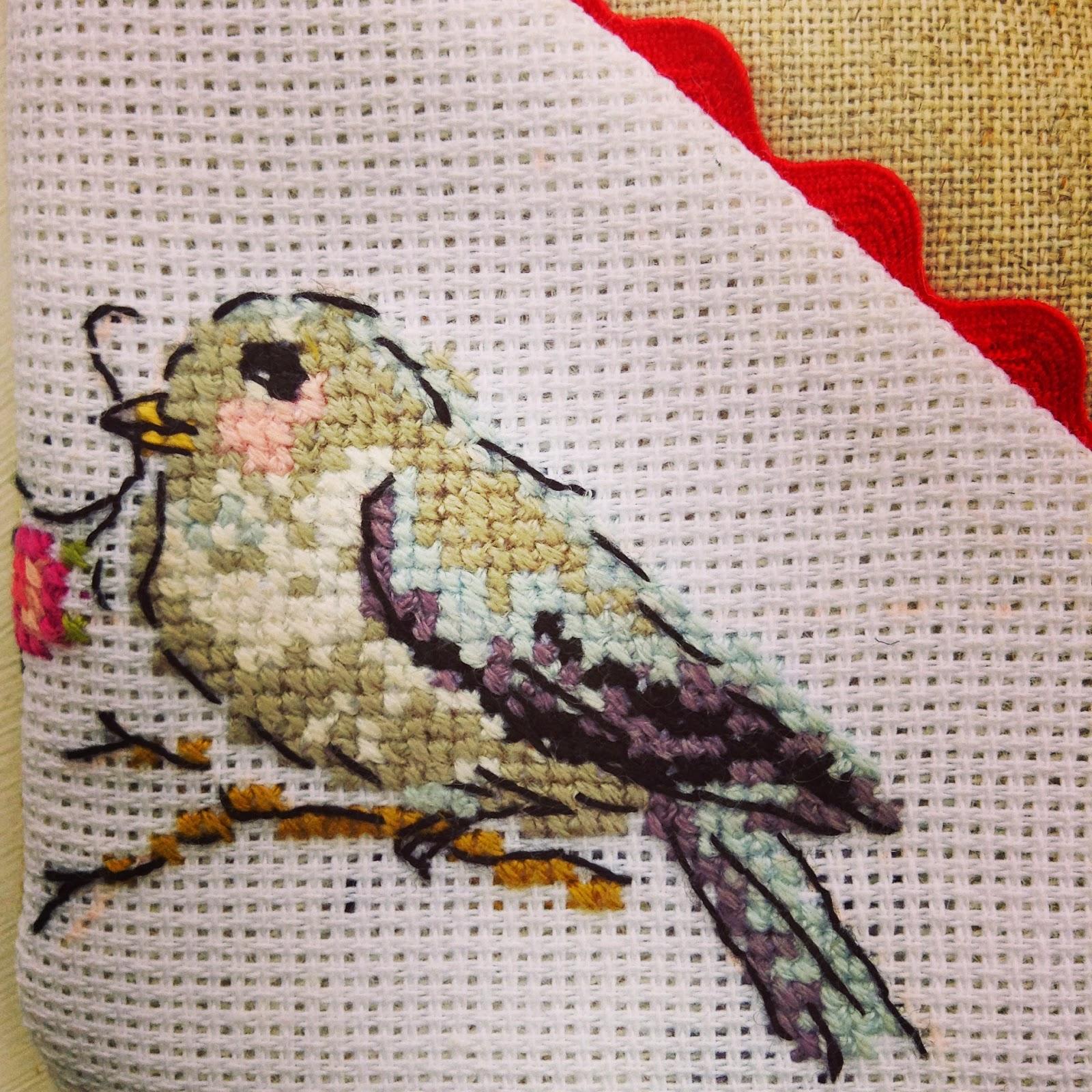 oiseau au point de croix