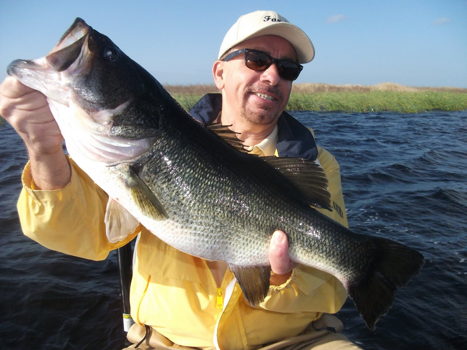 Lake okeechobee fishing report december 2011 great bass for Lake fishing report