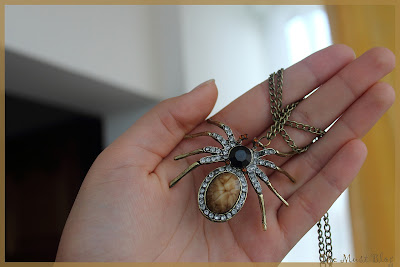 Huge stone spider necklace with long chain