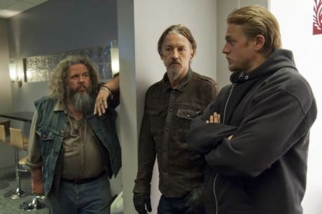 watch sons of anarchy for free