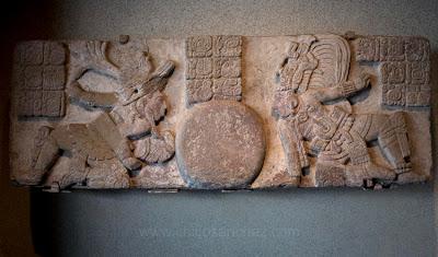 Sala Maya del Museo de Antropología e Historia en Ciudad de México. Photo por Chico Sánchez
