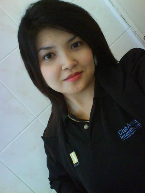 Karyawati Tergoda