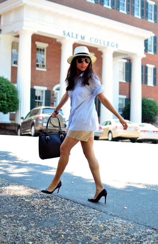 Khaki shorts street style