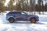 Jaguar F-Pace Prototype (2016) Side