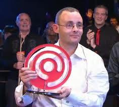 победитель прошлогоднего турнира power snooker Ронни О'Салливан не смог защитить свой титул - помешал Мартин Гулд