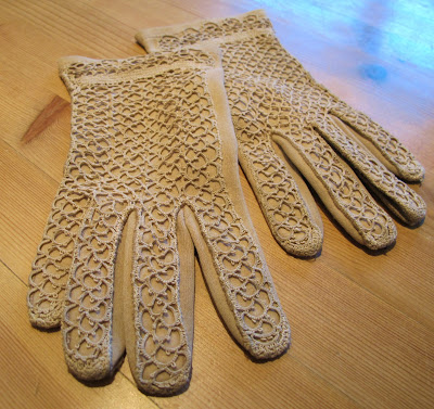 tatting embellished gloves
