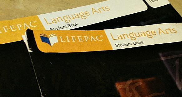 LIFE PAC LANGUAGE ARTS TOS REVIEW CREW BLOG CRUISE 2013 HOMESCHOOOLING ESTILO FAMILIAR